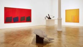 ©  Hoyland, Caro, Noland installation view, 2015. Courtesy of Pace Gallery
