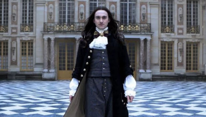 New series Versailles