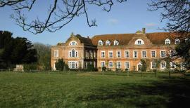 West Horsley Place is to have a new Theatre in the Woods