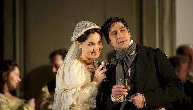 Alexandra Kurzak as Susanna and Ildebrando D'Arcangelo as Figaro  © Bill Cooper/ROH