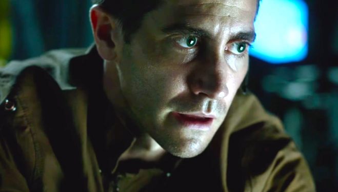 Jake Gyllenhaal and Ryan Reynolds star in Life, a new sci-fi chiller with scares to spare