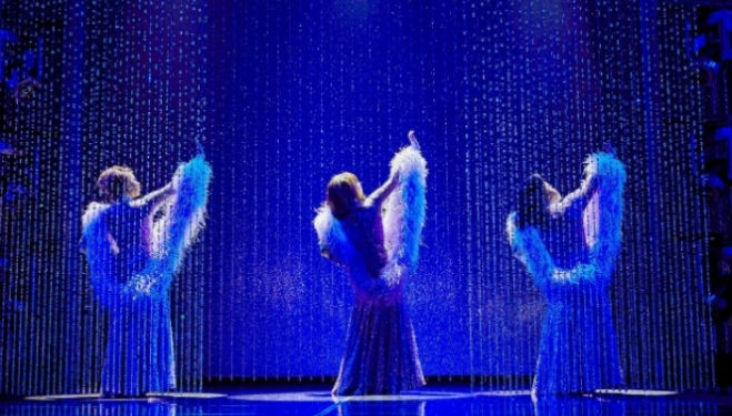 Ibinabo Jack, Liisi LaFontaine and Amber Riley in Dreamgirls, Savoy Theatre. Photo by Brinkhoff & Mogenburg