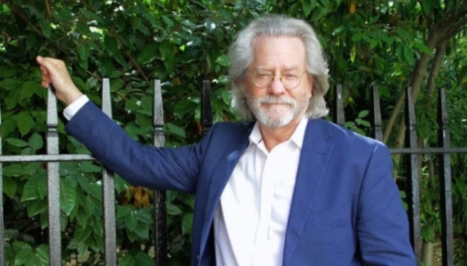 AC Grayling on War: An Enquiry – Dulwich Books