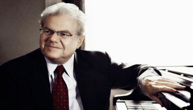 Emanuel Ax. Photo: © Lisa Marie Mazzucco