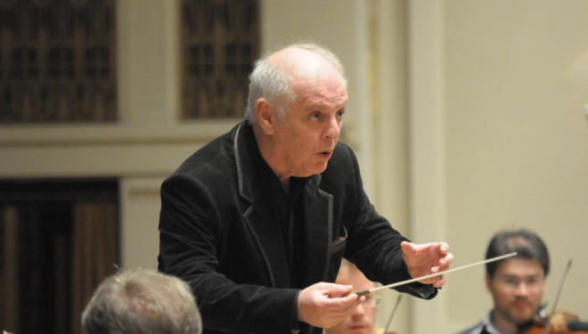 Daniel Barenboim, conducting the Staatskapelle Berlin orchestra. Photo: Zdeněk Chrapek