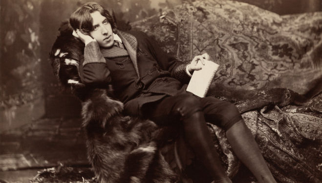 Poet and playwright Oscar Wilde.
