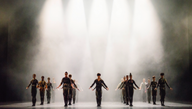 The Royal Ballet, Untouchable, photo Tristram Kenton, ROH