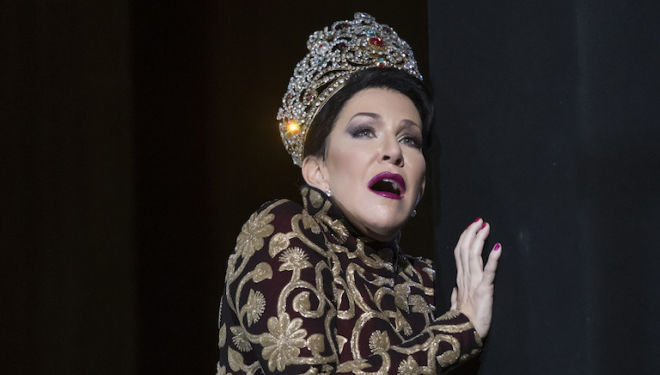 Joyce DiDonato stars as a ruthless queen in Rossini's Semiramide. Photo: Bill Cooper