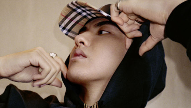 Burberry x Kris Wu: new collection announced today
