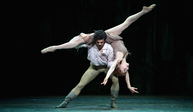 MacMillan's Manon opens Autumn Dance at the ROH