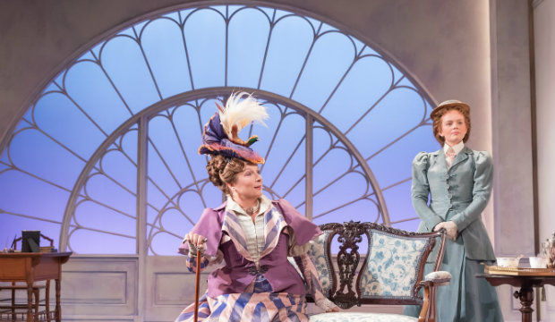 Lady Windermere's Fan, Vaudeville Theatre review [STAR:3]