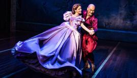 Kelli O'Hare and Ken Watanbe: The King and I, London Palladium review. Photo by Matthew Murphy