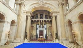 Installation view, Blenheim Palace, Yves Klein, Pure Pigment installation, courtesy of Blenheim Art Foundation, photo by Tom Lin