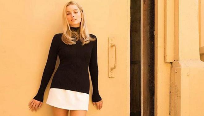 Margot Robbie reveals first look as Sharon Tate