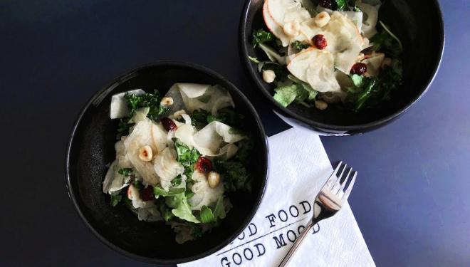 Kale, Apples & Kohlrabi Salad recipe