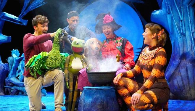 Tall Stories' Room on the Broom flies into the West End for Christmas
