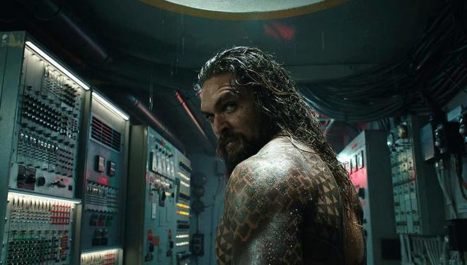 Aquaman looks to be an exciting holiday splash