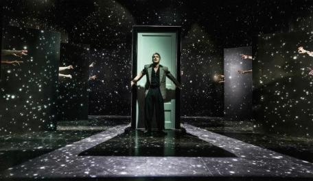 The Twilight Zone, photo by Marc Brenner @ Almeida Theatre