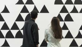 Bridget Riley: Recent Paintings 2014-2017 Installation view, David Zwirner Gallery