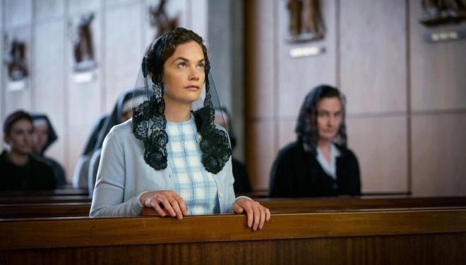 Ruth Wilson in Mrs Wilson