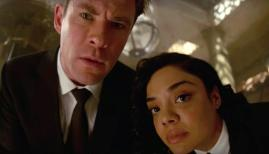 Chris Hemsworth and Tessa Thompson in Men in Black: International