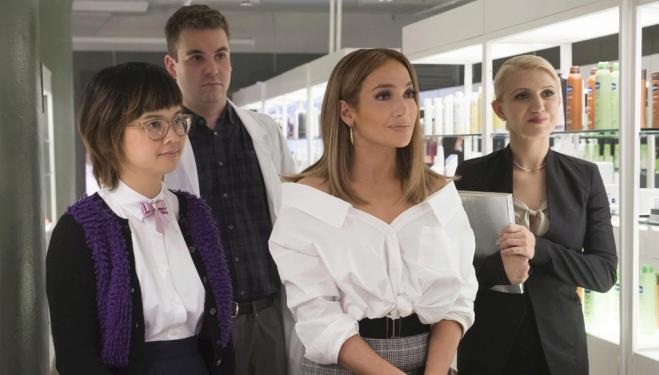 Jennifer Lopez shows off street smarts in Second Act