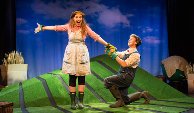 Meet Betty O'Barley and Harry O'Hay in The Scarecrows' Wedding on stage at the Leicester Square Theatre