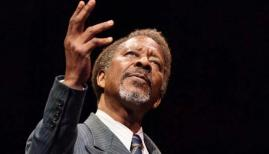 Clarke Peters in The American Clock, The Old Vic. Photo by Manuel Harlan