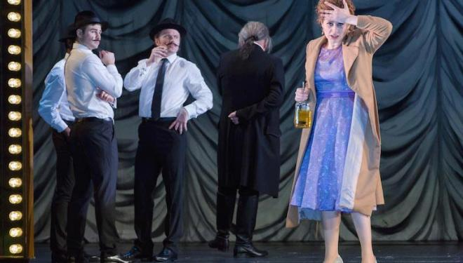 Mezzo-soprano Serena Malfi's Dorabella sees double in Così Fan Tutte at Covent Garden. Photo: Stephen Cummiskey