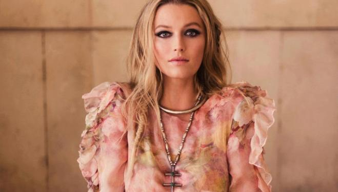 Interview: Victoria actress Lily Travers talks about her life and loves
