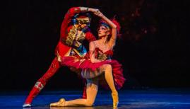 The Royal Ballet, The Firebird, Yasmine Naghdi, Edward Watson (c) ROH 2019 photo Tristram Kenton