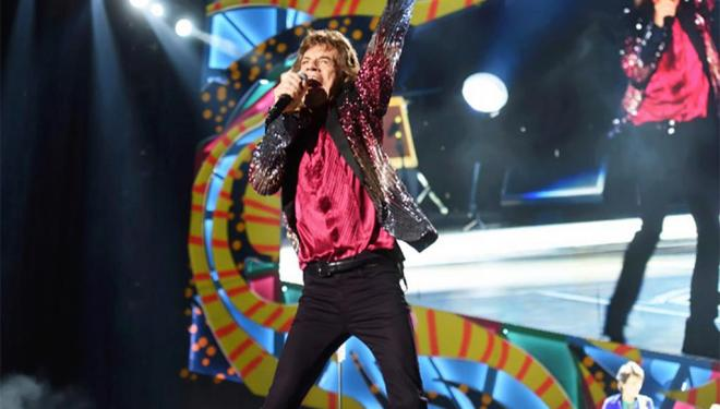 Relive the historic Havana Moon performance with Mick Jagger