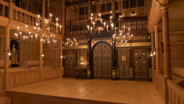 The candlelit Sam Wanamaker Playhouse