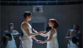 Matthew Bourne's Romeo and Juliet, Paris Fitzpatrick and Cordelia Braithwaite, photo Johan Persson