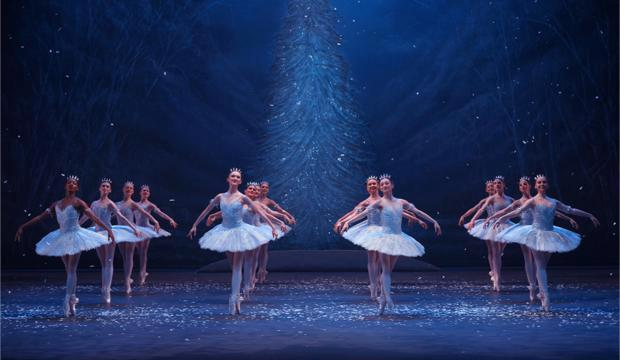 English National Ballet, Nutcracker, photo Laurent Liotardo