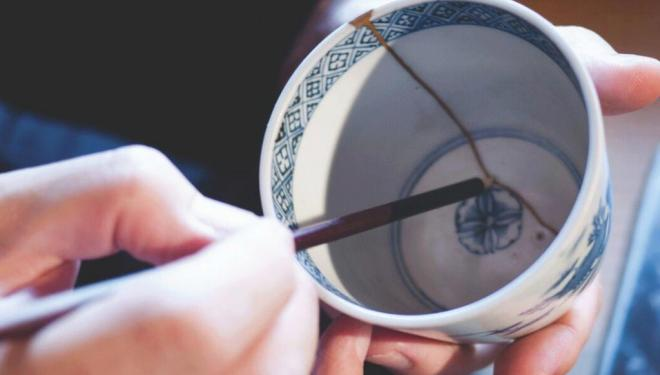 Kintsugi – the Japanese art of repairing broken pottery