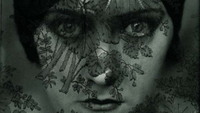 Edward Steichen Actress Gloria Swanson, 1924 (Vanity Fair, February 1, 1924), courtesy of The Photographer's Gallery