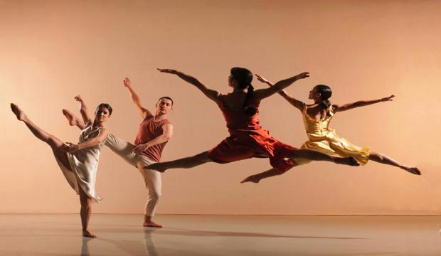 RADC, Voices and Light Footsteps, dancers Jennifer Hayes, Niall Egan, Alejandra Gissler, Ellen Yilma, photo Chris Nash