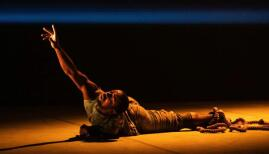 Phoenix Dance Theatre, Black Waters, photo: Stephen Wright