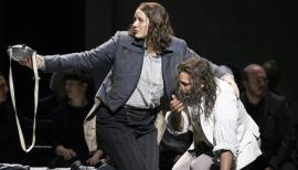 Lise Davidsen in the title role with Jonas Kaufmann as Florestan in Fidelio. Photo: Bill Cooper