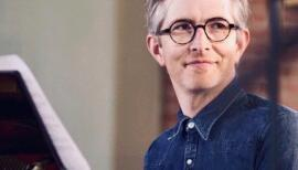 Gareth Malone, who inspired workplace choirs, is turning to home singing. Photo: Joe Matthews