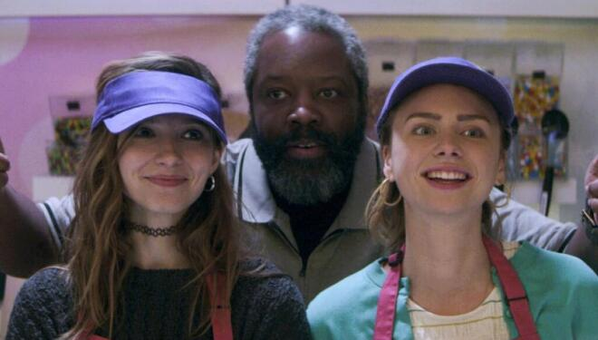 Anjelica Bette Fellini, Kadeem Hardison, and Maddie Phillips in Teenage Bounty Hunters, Netflix