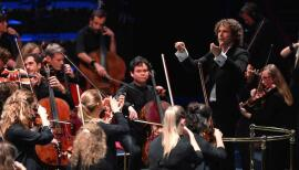 Aurora Orchestra will play Beethoven's Symphony No 7 outdoors to a live audience