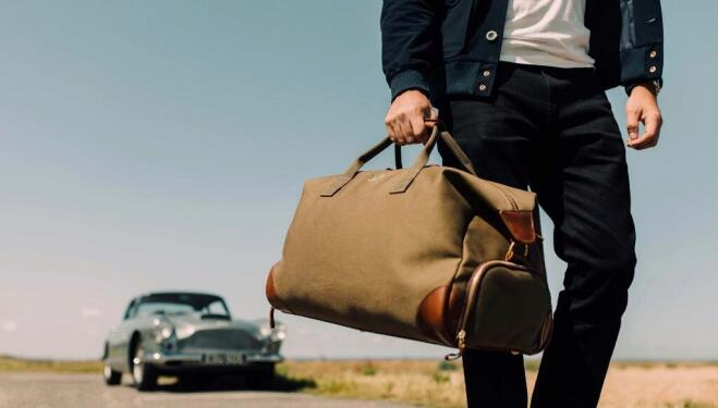 Bennett Winch luxury luggage, made in England