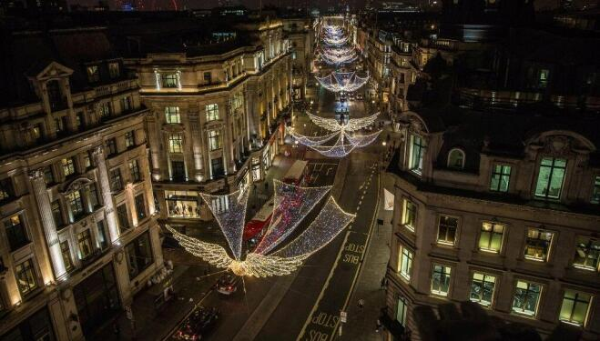 Consider Christmas sorted with Regent Street and St James's