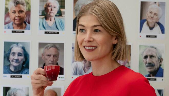 Rosamund Pike returns to psychopathy
