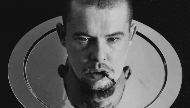 Lee McQueen by Anne Deniau