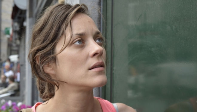 Still from 'Deux jours, Une nuit' with Marion Cotillard