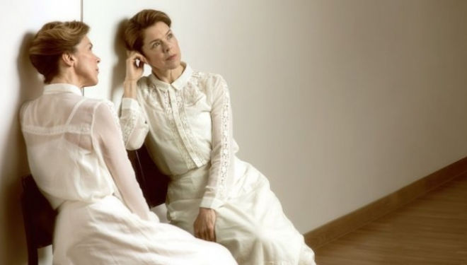 Janie Dee in The Seagull; photo by Hugo Glendinning