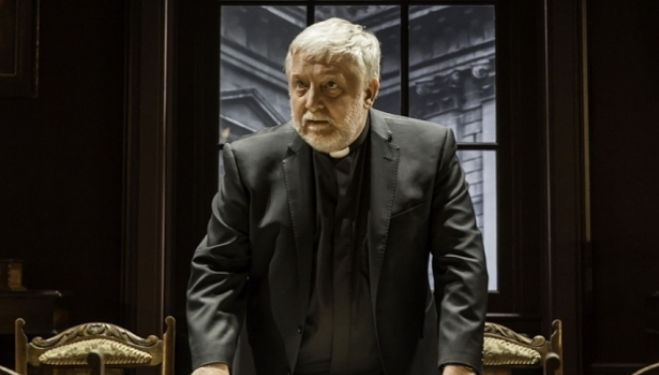 Simon Russell Beale: Donmar Warehouse, Temple